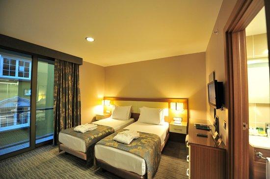 Yasmak Comfort Hotel: Double Room