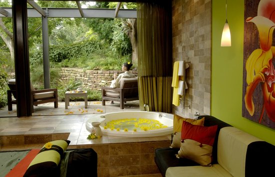 Vineyard Hotel: Angsana Spa