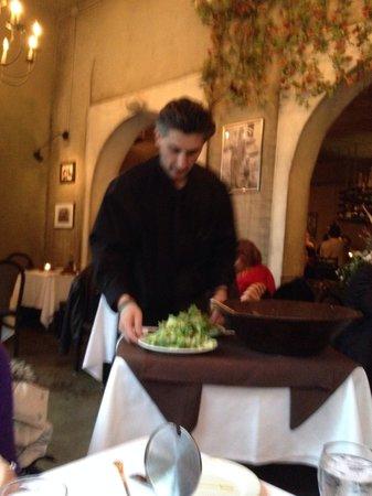 La Dolce Vita: Antoni prepares a delicious, table side Caesar salad