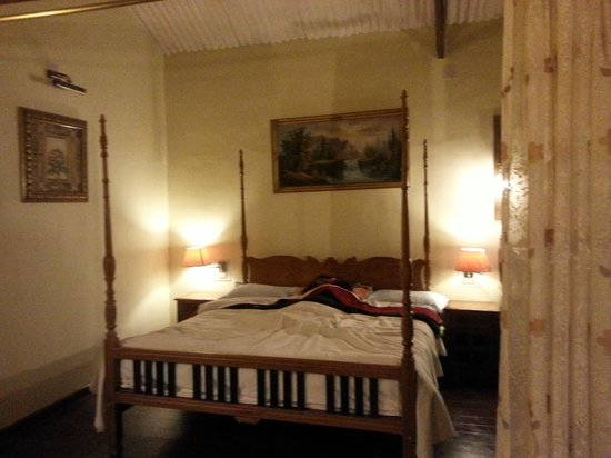 Red Hill Nature Resort: Room view - bed