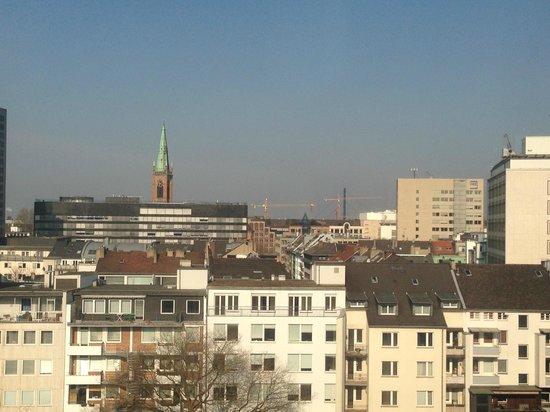 Hotel Nikko Düsseldorf: 見晴らしはとってもいいですよ。