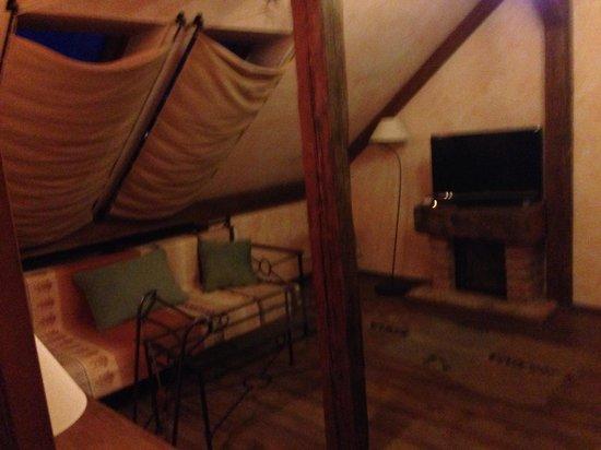 Hotel VIA IRONIA : Snug