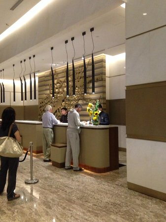 Hilton Kuala Lumpur: Lobby Check-in/out Counter