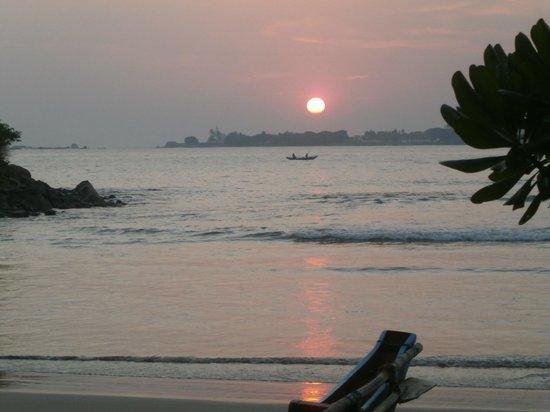 CoCo Bay Unawatuna: coucher de soleil
