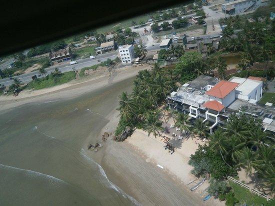 CoCo Bay Unawatuna: la bay de coco bay en helico