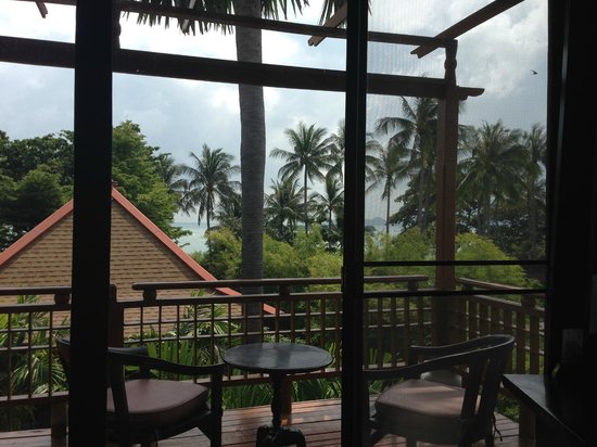 The Briza Beach Resort Samui: widok z sypialni