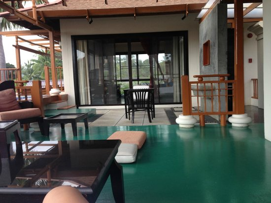 The Briza Beach Resort Samui : tarasik