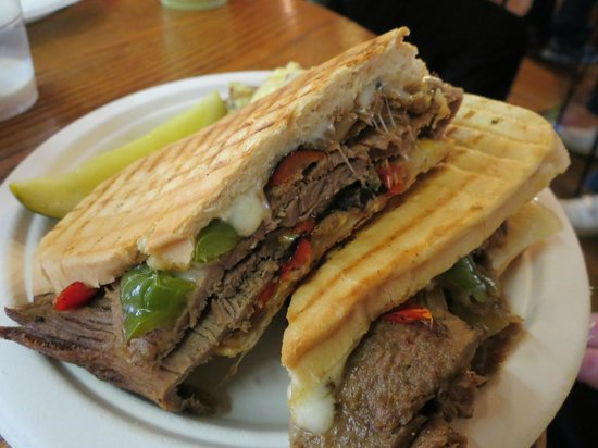 The Cabin Cafe : The Arts and Crafts CheeseSteak a masterpiece