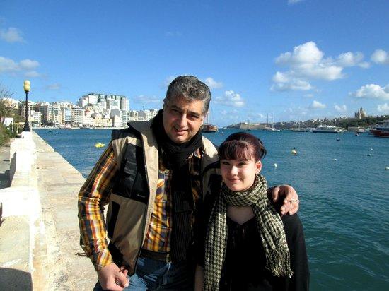 Bayview Hotel & Apartments: Esplanade of Sliema