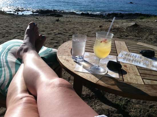 Lava Lava Beach Club: Who could not love lava lava? I walked up to the bar & tipped. My drinks were fast and awesome:)