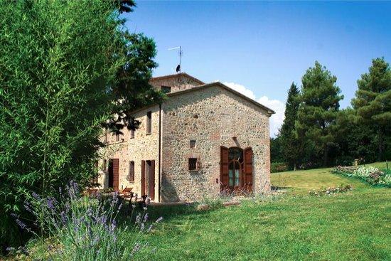Villa Pulciana : il retro della villa