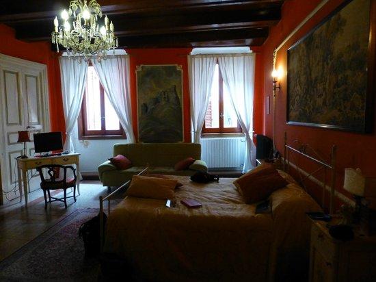 B&B Il Palazzo Vecchio : Camera Rossa