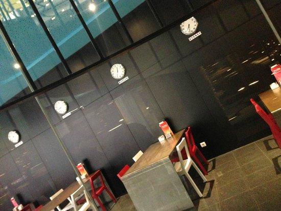 Hotel Acta Mimic: ресторан