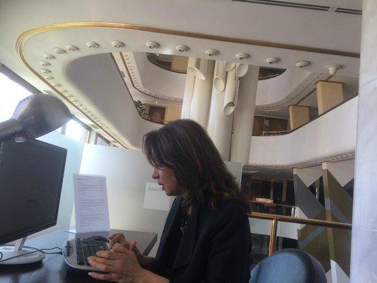 Hotel Ankara Altinel: First floor (Business centre, Internet user !!
