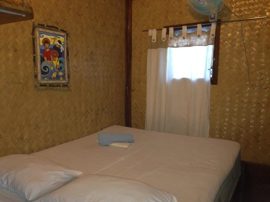 Patrik & Tezz Guesthouse : Double room with fan
