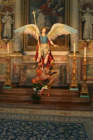 Santa Maria degli Angeli: l'arcangelo
