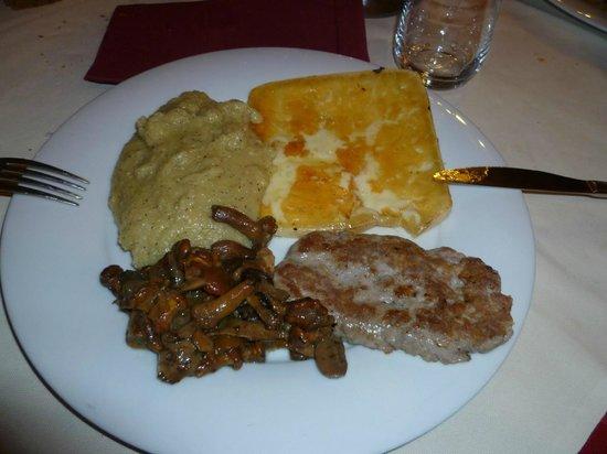 Ristorante Cianzia: polenta e salsiccia