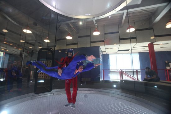 iFLY Indoor Skydiving - Austin: Mom gets level