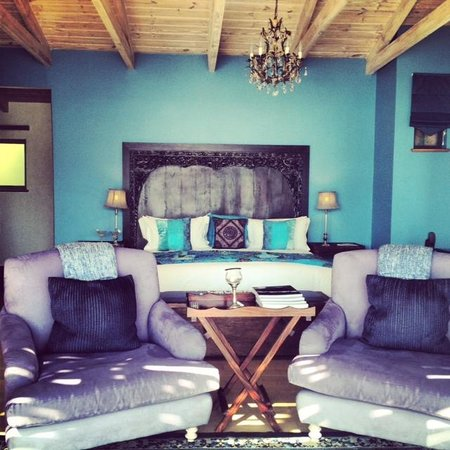 Tintswalo Atlantic: The Madura suite