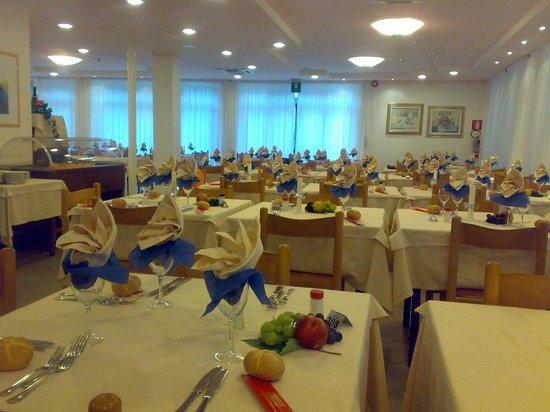 Hotel Helvetia: Sala ristorante dell'hotel