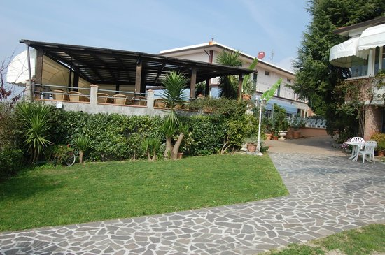 La Chandelle : un terrasse pour l'été