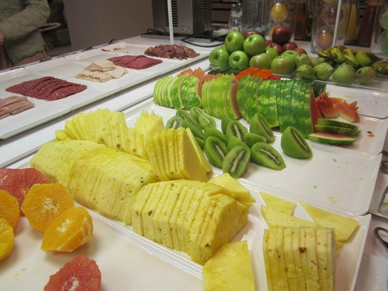 NH Sevilla Plaza de Armas : Detail fruit bij ontbijt