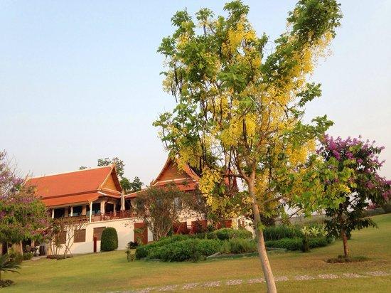 Baan Souchada Resort & Spa: The main building of the Resort