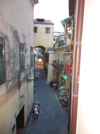 Hotel Rivoli Sorrento: View from the window