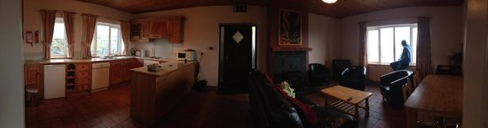 The Lodge, Doolin : Dining / Kitchen / Living Room