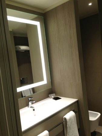 LaGare Hotel Venezia - MGallery by Sofitel : Sink area