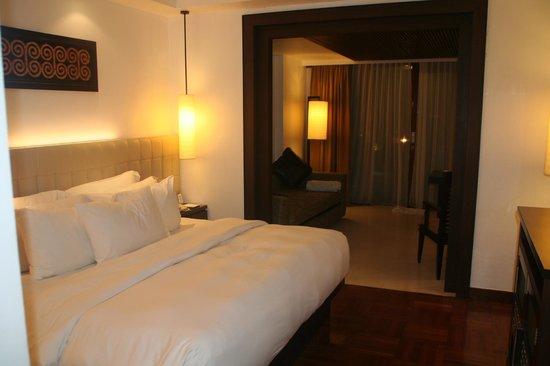 Melia Bali: la chambre et le bureau-salon