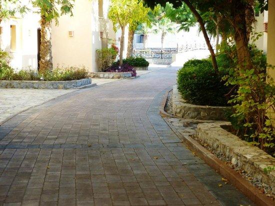 Cove Rotana Resort Ras Al Khaimah: Nice streets