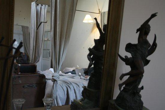 Maison Vieille B&B : Chambre Dame carcas