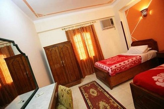 Cleopatra Hotel Luxor: Hotel room
