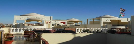 Cleopatra Hotel Luxor: View from the roof