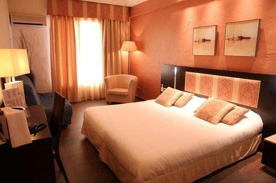 Hotel Ibersol Cavaliere Sur Plage : Chambre Double et Triple