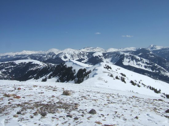Snowmobile Adventures at Thousand Peaks: 絶景!