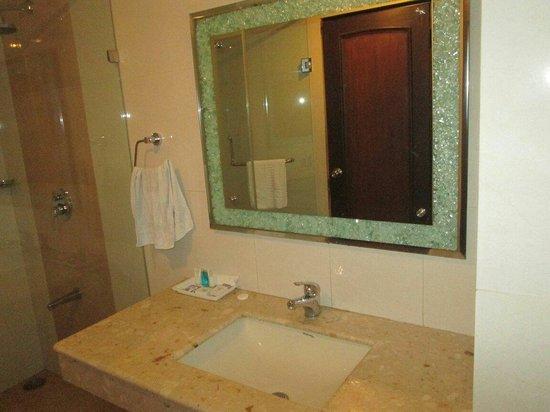Sun Park Resort: Bathroom-Premuim Room