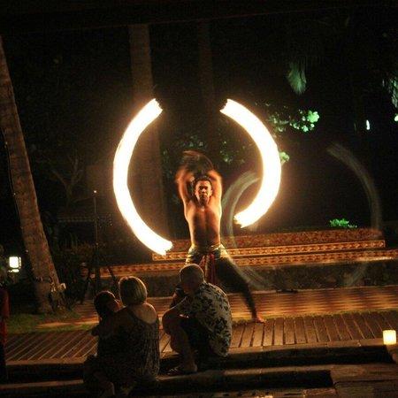 INTERCONTINENTAL Bali Resort: Spettacoli all'interno della struttura.