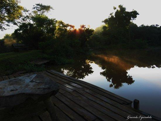 San Sebastian de la Selva : Este lugar frente a este lago es increible