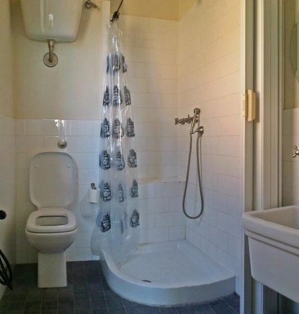 B&B Paradiso no 4: Bathroom