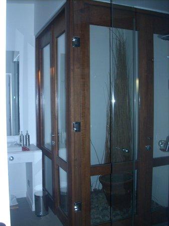 Hotel Noi Casa Atacama: Bathrooom