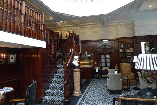 Hotel 41: Reading room