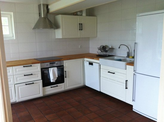 Lasta Bed & Breakfast: Kitchen for the guests on second floor