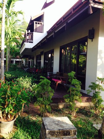 Khaolak Laguna Resort: Cottage zone