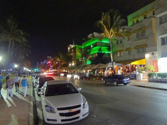 Casa Grande Suite Hotel of South Beach: Vista da frente do hotel