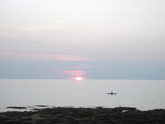 Dream Team Beach Resort : sunset from the restaurant