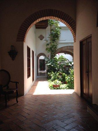 Alfiz Hotel: Entrance