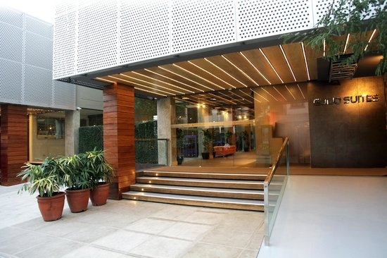 Guijo Suites Makati: Entrance