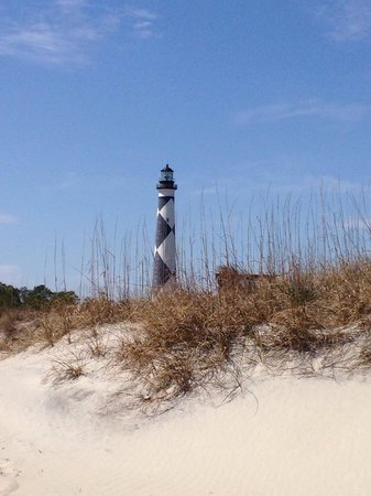 Peppertree Resort: Cape Lookout, pack a lunch and ferry over. Beautiful island! Worth a trip. See wild horses and d